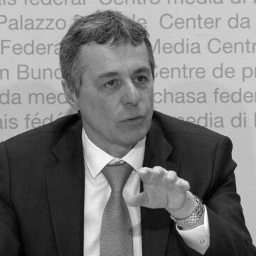 Голова МЗС Швейцарії прибуде в Україну з офіційним візитом
