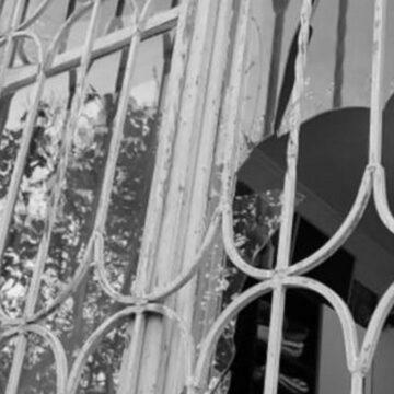 Поліція проводить заходи щодо встановлення особи, причетної до вибуху в Тернополі