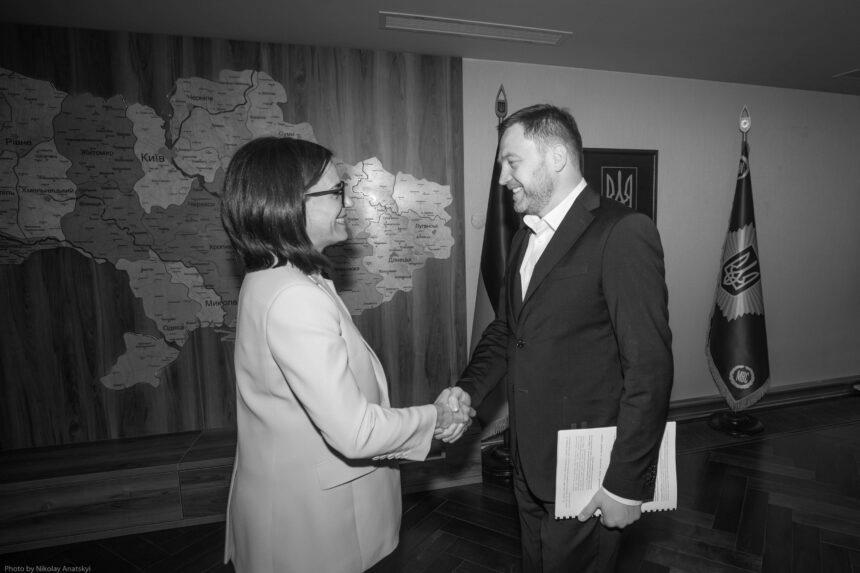 """Монастирський на зустрічі з послами країн """"G7"""" назвав п'ять основних напрямків розвитку системи МВС"""