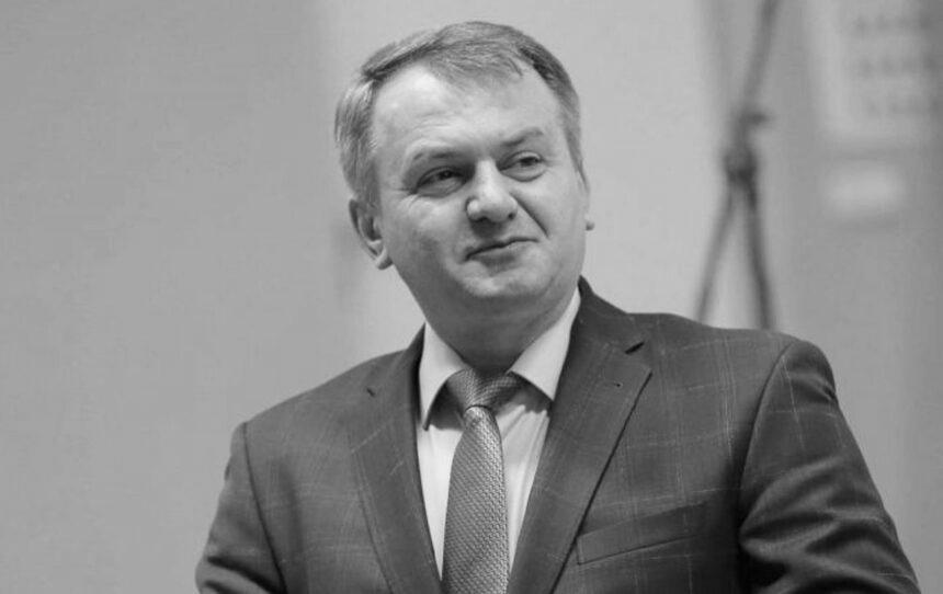 Партія Порошенко закликає підтримати скасування голосування за скандальний законопроєкт