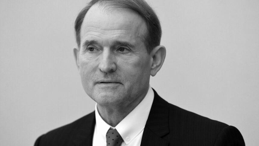Фінансування тероризму: суд відмовився взяти Медведчука під варту